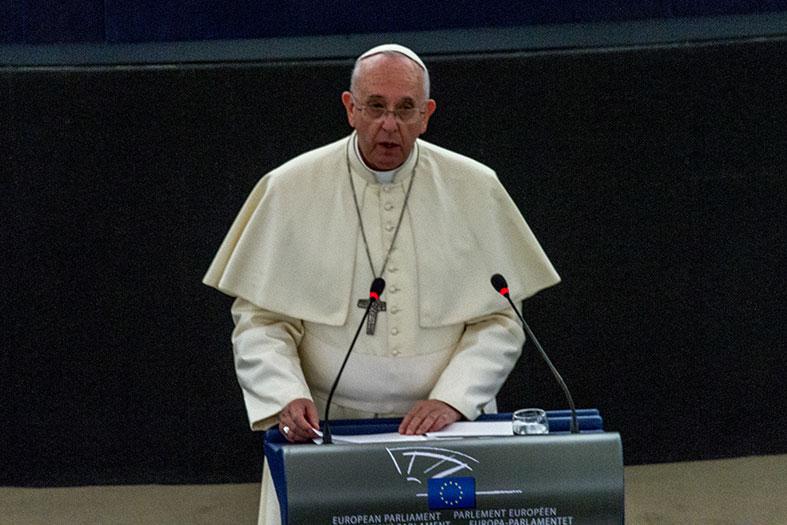 Pape_François_Parlement_européen_Strasbourg_25_nov_2014_17