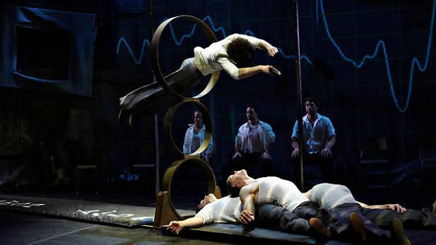 Cirque : Des sueurs & des traces