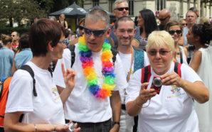 Pas sages à gays : la marche contre l'isolement des…