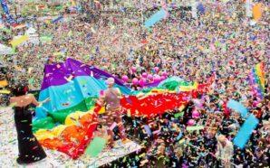Plus de 100 000 personnes : les images de la…