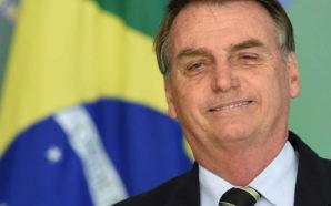 Brésil : Jair Bolsonaro partage la vidéo d'une 'golden shower'…
