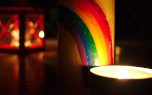 Qui étaient ces personnalités LGBTQI+ et friendly décédées du Coronavirus…