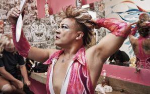 Cassandro, le lutteur gay amateur américain va avoir sa biopic