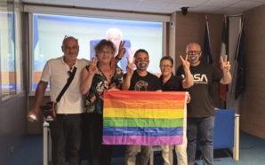 Naples légifère sur les LGBTphobies dans la région