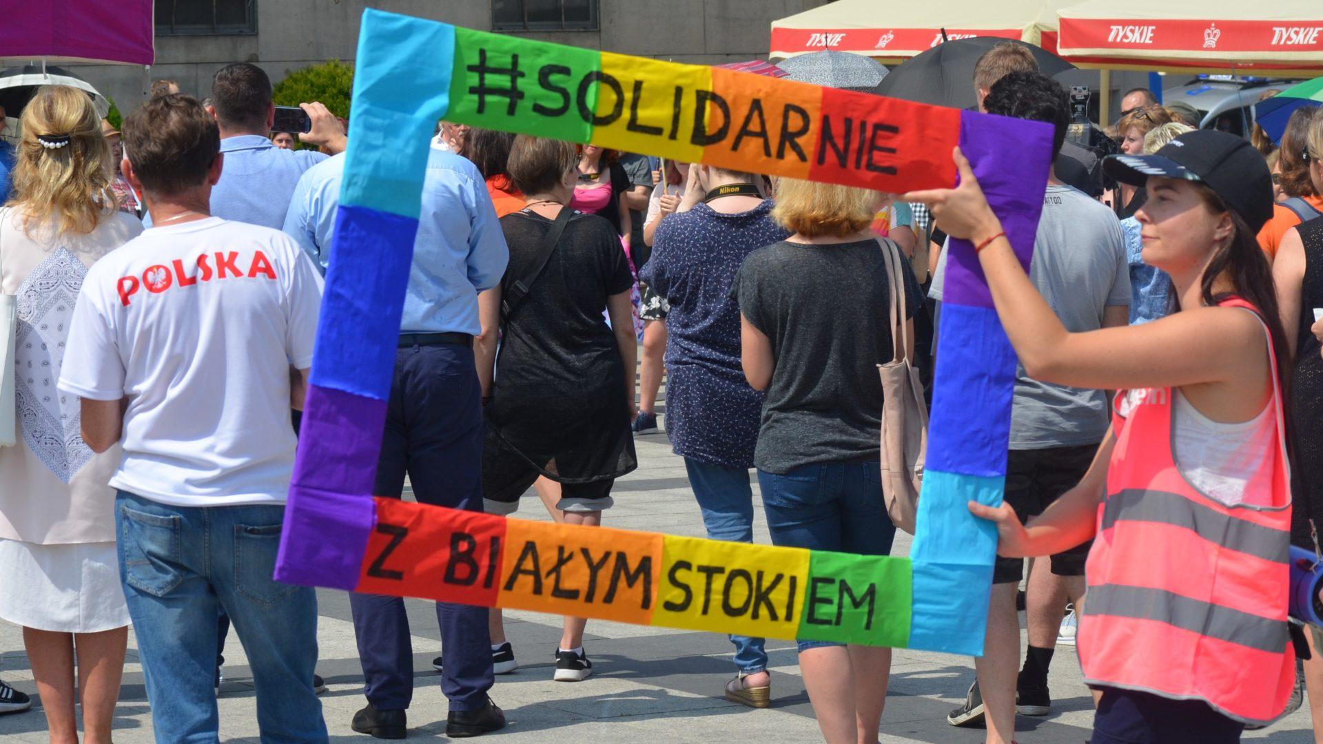 Pologne 50 pays appellent à mettre fin à la discrimination des personnes LGBT