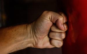 Violences conjugales dans les couples d'hommes, un phénomène invisible